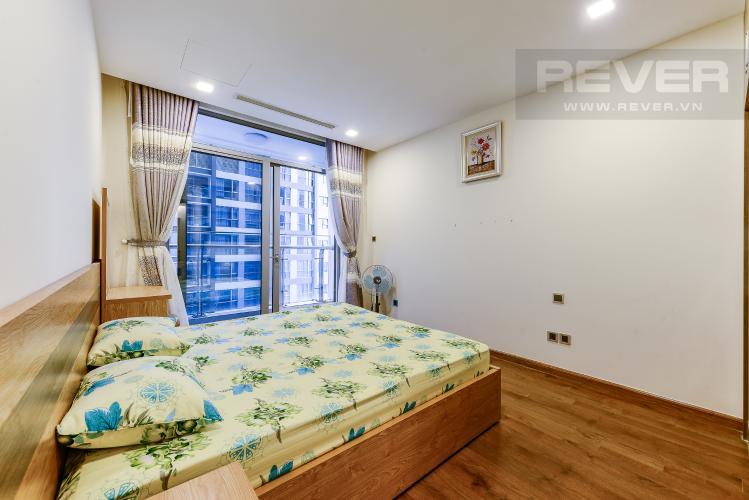 Phòng ngủ 1 Cho thuê căn hộ Vinhomes Central Park tầng cao, 2PN đầy đủ nội thất view sông