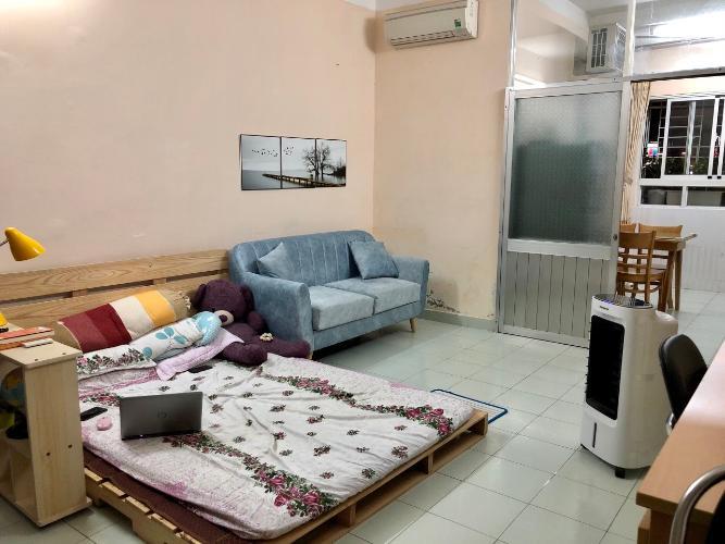Căn hộ chung cư An Lộc nội thất cơ bản, view thành phố.