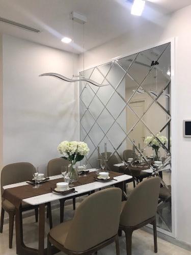 Bàn ăn Căn hộ Vinhomes Golden River Ba Son Cho thuê căn hộ Vinhomes Golden River tầng 6, đầy đủ nội thất sang trọng, view thành phố