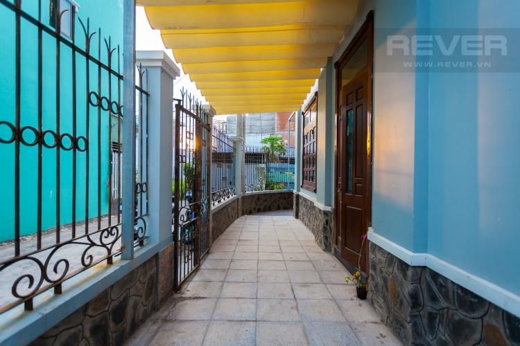 Góc sân Nhà phố 4 phòng ngủ đường 160 Tăng Nhơn Phú A Quận 9 pháp lý rõ ràng