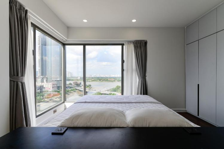 Phòng ngủ căn hộ Saigon Royal Căn hộ Saigon Royal tháp A tầng cao 3 phòng ngủ, view hướng Bitexco.