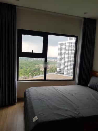 Phòng ngủ Vinhomes Grand Park Quận 9 Căn hộ Vinhomes Grand Park tầng trung, view sông và thành phố.