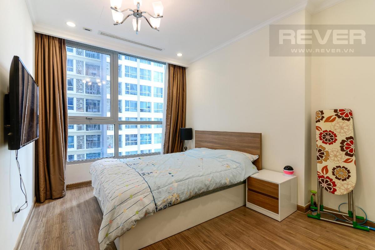 cf24e61d2c72ca2c9363 Bán căn hộ Vinhomes Central Park 2PN, tầng trung, tháp Landmark 5, đầy đủ nội thất, hướng Đông Bắc
