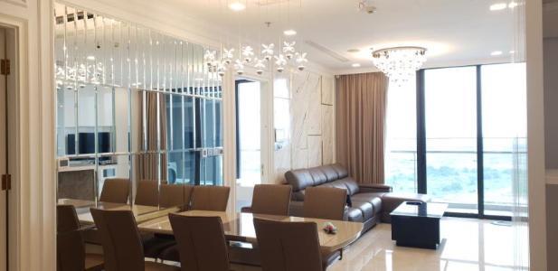 Cho thuê căn hộ Vinhomes Golden River 3PN, diện tích 118m2, đầy đủ nội thất, view sông thoáng mát