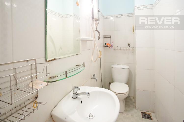 Phòng Tắm 1 Tầng 2 Cho thuê nhà phố 3 tầng, phường Bình An, Q2, diện tích đất 92m2, đường trước nhà 2 ô tô tránh nhau