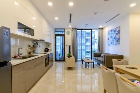 Bán căn hộ Vinhomes Golden River 1PN tầng cao, đầy đủ nội thất, view sông thoáng mát