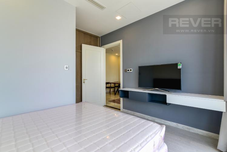 Phòng Ngủ 1 Căn hộ Vinhomes Golden River 2 phòng ngủ tầng cao A4 view sông