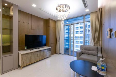 Bán căn hộ Vinhomes Central Park 3PN, tầng thấp, đầy đủ nội thất, ban công Đông Nam