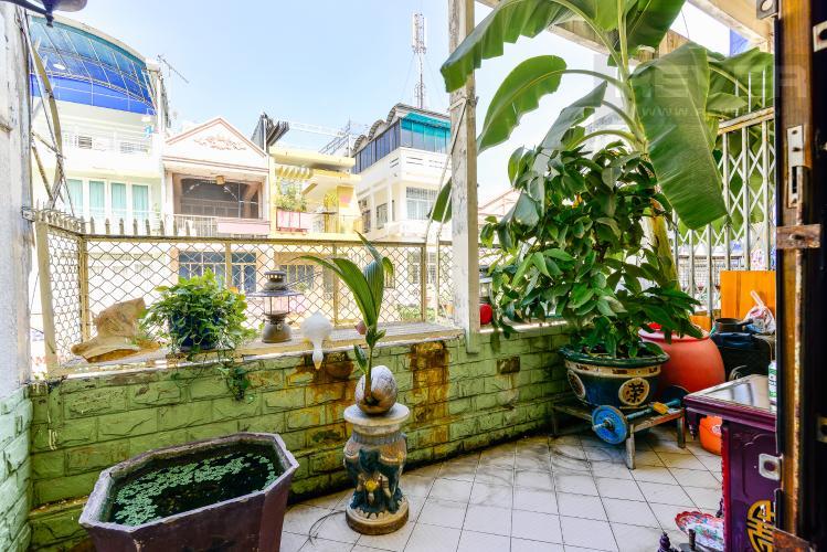 Balcony Nhà phố Đỗ Ngọc Thạnh Quận 5, 1 tầng, 3PN đầy đủ nội thất