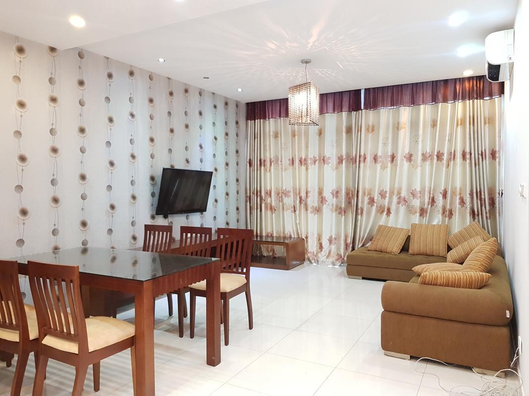 Phòng khách Bán hoặc cho thuê căn hộ The Vista An Phú 3PN, diện tích 140m2, đầy đủ nội thất, view Xa lộ Hà Nội