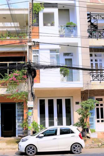 Mặt trước nhà phố Bình Tân Bán nhà 3 tầng đường 36, phường Bình Trị Đông, Quận Bình Tân, đầy đủ nội thất, sổ hồng chính chủ