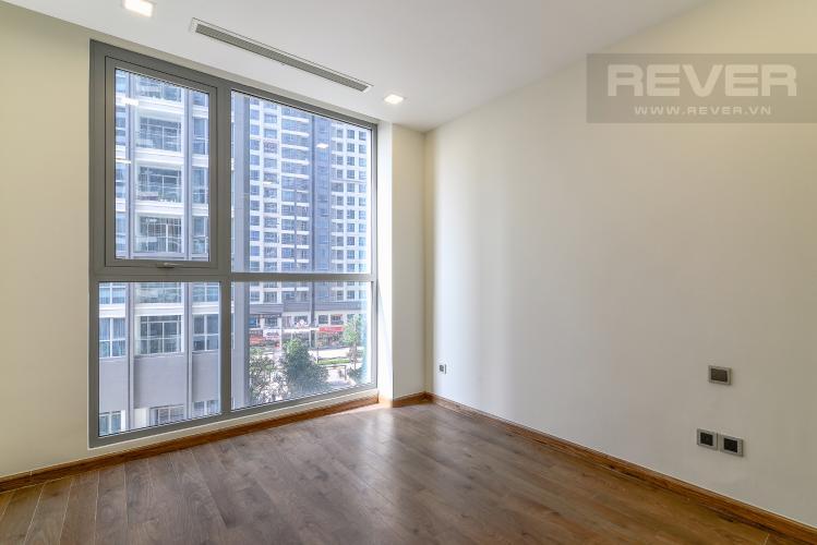 Phòng Ngủ 2 Căn hộ Vinhomes Central Park tầng thấp, tháp Park 2, 2PN, view hồ bơi