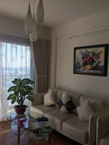Bán căn hộ E-home 5 The Bridgeview, căn hộ tầng cao, 2 phòng ngủ, diện tích 65m2, nội thất cơ bản.