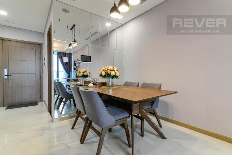 Phòng Ăn Cho thuê căn hộ Vinhomes Central Park tầng cao, 2PN với hệ thống nội thất tiện nghi, sang trọng