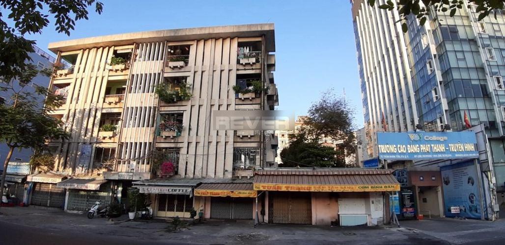 Tòa nhà chung cư Trần Nhân Tôn Chung cư 1 phòng ngủ Quận 5, trung tâm thành phố.