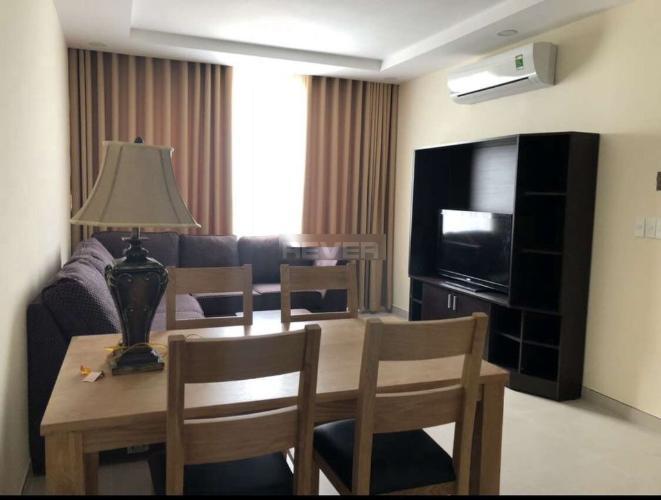 Căn hộ tầng cao The Gold View nội thất cơ bản, ban công hướng Đông.