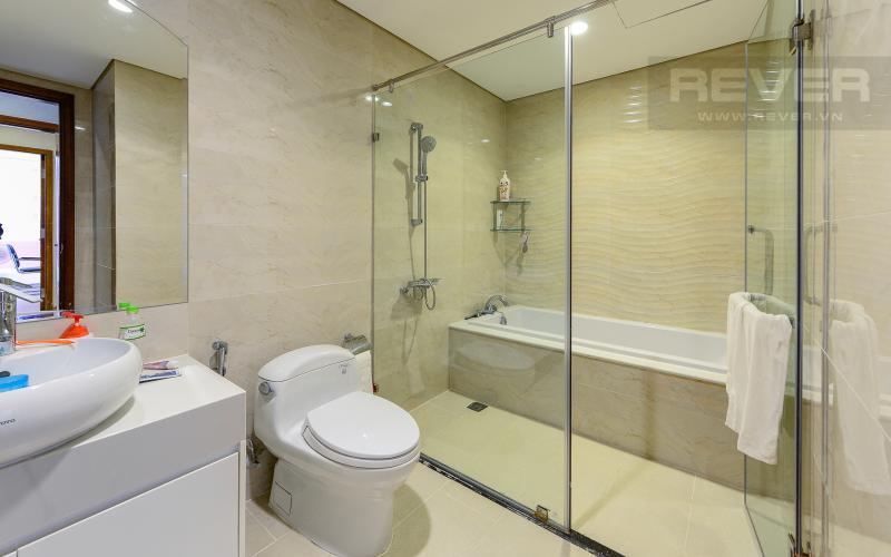 Phòng tắm 1 Căn hộ The Central Vinhomes Central Park tầng cao hướng Đông Bắc tháp C1