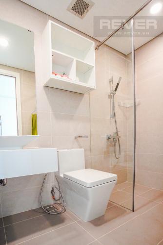 Phòng Tắm 2 Cho thuê căn hộ Masteri Millennium 2PN, block A, đầy đủ nội thất, view sông, Bitexco và Landmark 81