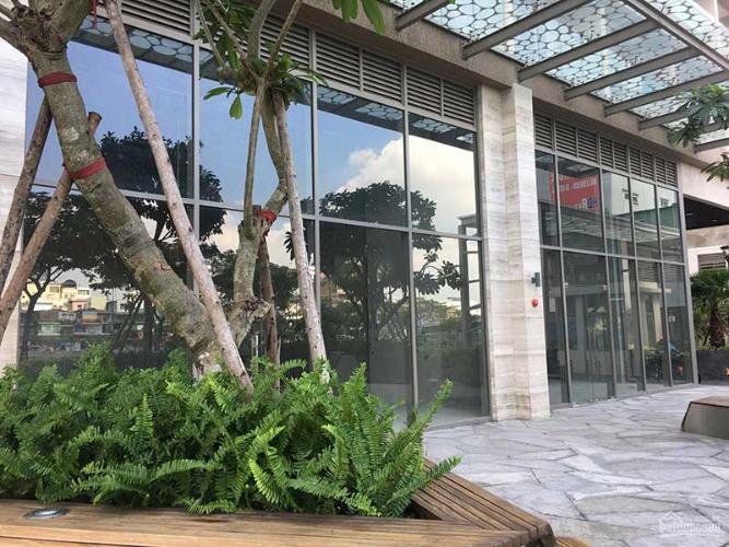 Mặt tiền shop-house Masteri Millennium Shophouse Masteri Millennium bàn giao thô, diện tích 92m2.