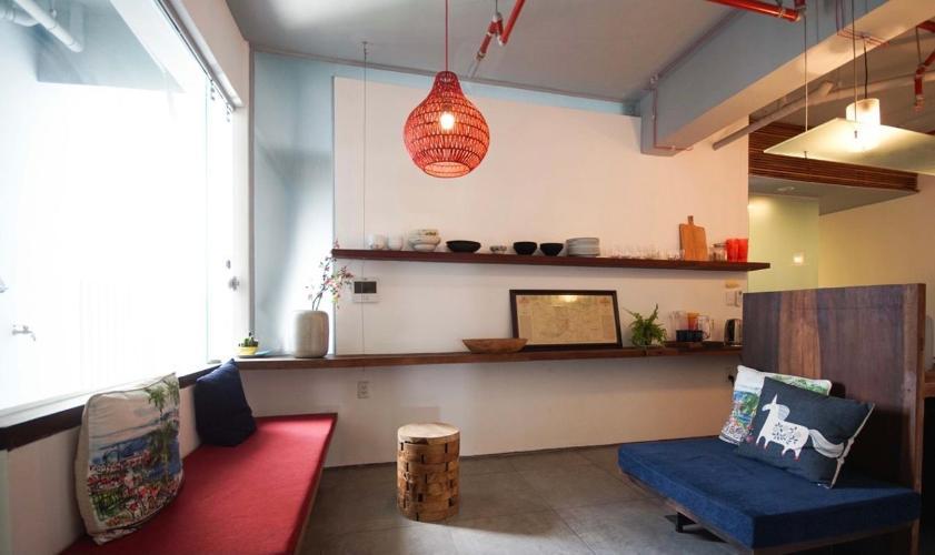Căn hộ Masteri Thảo Điền view sông, nội thất đầy đủ.