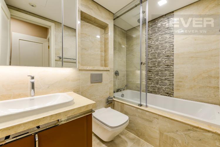 Phòng tắm 1 Căn hộ Vinhomes Golden River 2 phòng ngủ tầng cao A1 đầy đủ nội thất