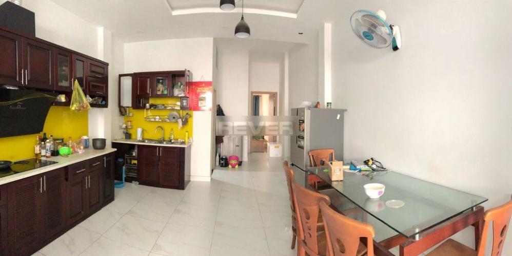Phòng ăn nhà phố Thủ Đức Nhà phố quận Thủ Đức 80m2, đầy đủ nội thất, hẻm xe hơi.