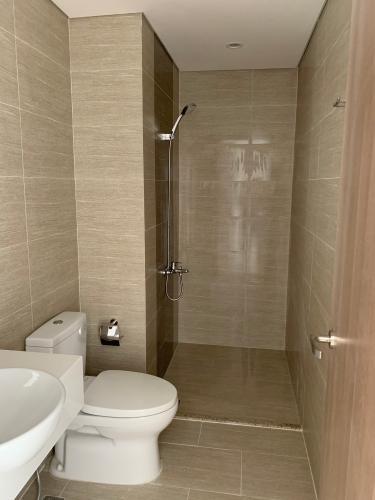 phòng tắm Vinhomes Grand Park Căn hộ Vinhomes Grand Park 2 phòng ngủ ban công đón gió