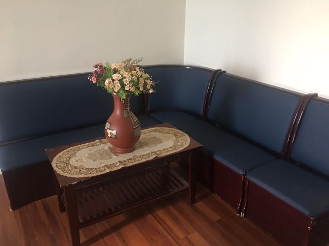 Phòng khách Topaz Garden, Tân Phú Căn hộ Topaz Garden tầng cao, sàn lót gỗ, đầy đủ nội thất.