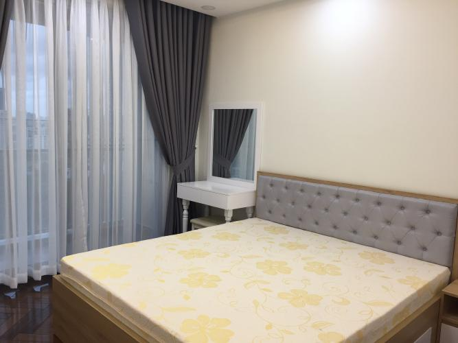 Phòng ngủ Midtown Căn hộ Phú Mỹ Hưng Midtown nội thất cơ bản, ban công hướng Tây Bắc.
