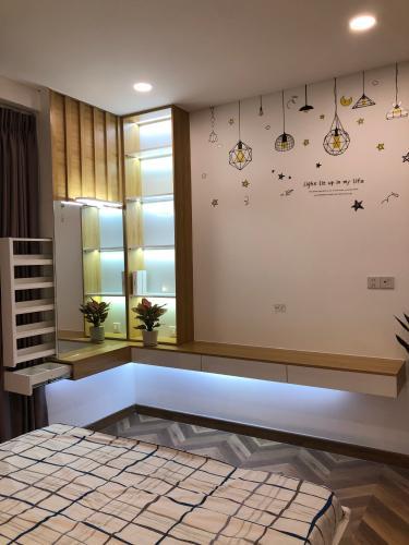 phòng ngủ Căn hộ Sunwah Pearl tầng 27 ban công Đông Bắc, nội thất đầy đủ