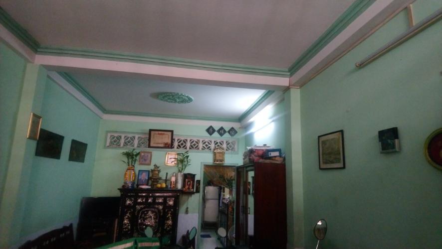 Bán nhà phố Q. Bình Thạnh, cách chợ Bà Chiểu 600m, sổ hồng chính chủ.