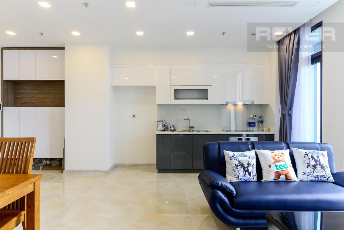 2 Cho thuê căn hộ Vinhomes Golden River 2PN, tầng trung, đầy đủ nội thất, view sông và Landmark 81