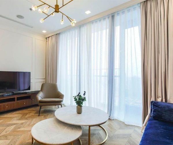 Cho thuê officetel Vinhomes Golden River 1PN, diện tích 49m2, đầy đủ nội thất, ban công hướng Đông Bắc