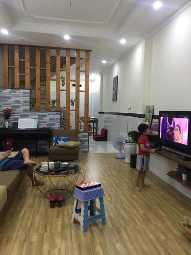 Bán nhà hẻm 63 Phước Long A, khu phố 2 quận 9, diện tích đất 52.4m2, diện tích sử dụng 100m2
