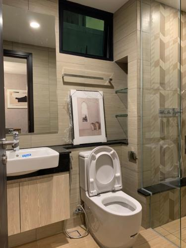 Phòng tắm Feliz En Vista Căn hộ Feliz En Vista đầy đủ nội thất, tầng cao.