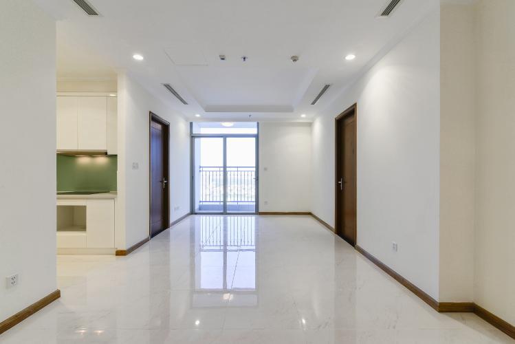 Căn hộ Vinhomes Central Park 3 phòng ngủ tầng cao L3 nội thất cơ bản