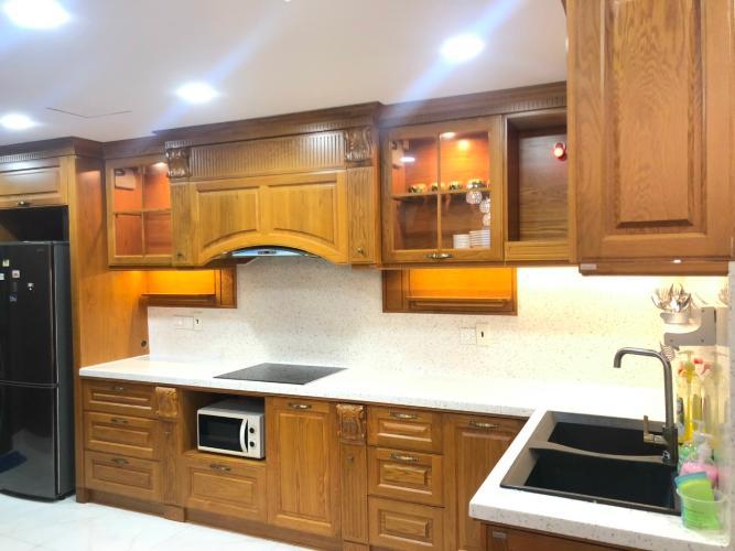 Phòng bếp căn hộ Icon 56, Quận 4 Căn hộ Icon 56 tầng cao đầy đủ nội thất, view sông thoáng mát.