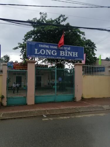 Bán nhà hẻm Mạc Hiển Tích, Long Bình, Quận 9, sổ hồng riêng, cách đường Nguyễn Xiển 400m