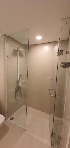 nhà tắm căn hộ Gateway Thảo Điền Căn hộ Gateway Thảo Điền tầng trung, view mát mẻ.