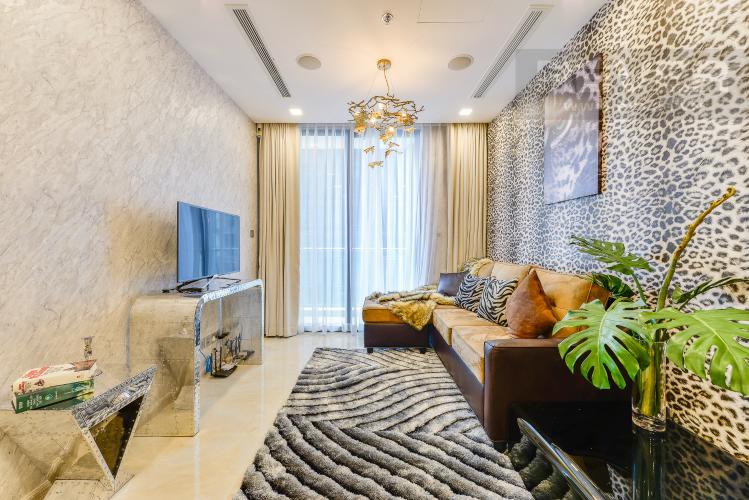 Phòng khách Officetel Vinhomes Golden River 1 phòng ngủ tầng cao A1 view sông