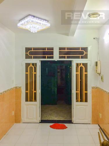 Phòng Khách Bán nhà phố đường Âu Dương Lân diện tích 87m2, 4PN 4WC, nội thất cơ bản