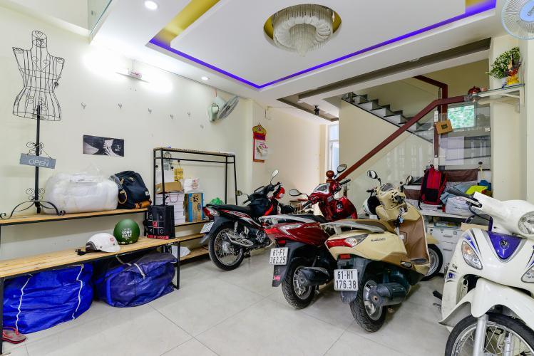 Cho thuê nhà phố 2 phòng ngủ hẻm 540 đường Cách Mạng Tháng 8, Quận 3, đầy đủ nội thất
