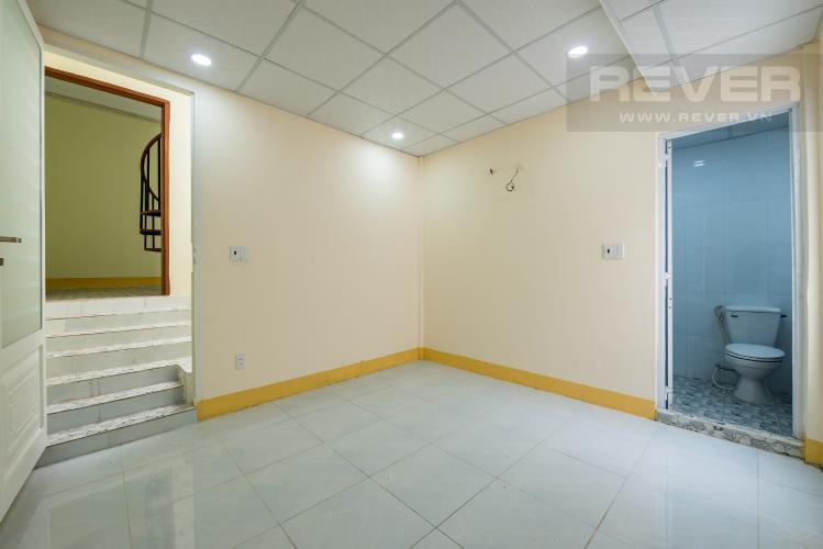 Phòng ngủ 2 Cho thuê nhà đường Phạm Ngũ Lão, 2 tầng, diện tích rộng rãi