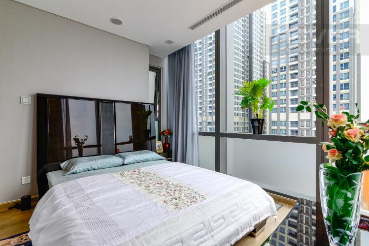 Phòng Ngủ Cho thuê căn hộ Vinhomes Central Park tầng cao, 2PN đầy đủ nội thất tiện nghi, sang trọng