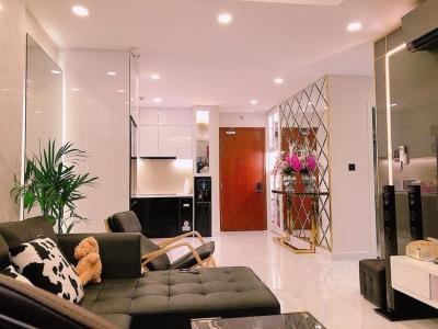 Bán căn hộ The Gold View 2 phòng ngủ, diện tích 67m2, đầy đủ nội thất, view nội khu