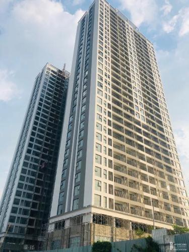 bulding Lavida Plus Office-tel Lavida Plus bàn giao thô, view nhìn ra thành phố.