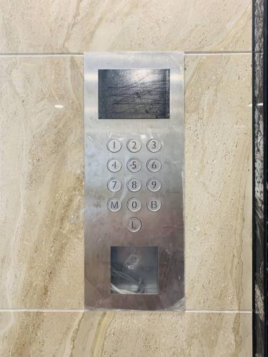 thiết bị thang máy Cho thuê Officetel Sunshine City Saigon diện tích 69m2