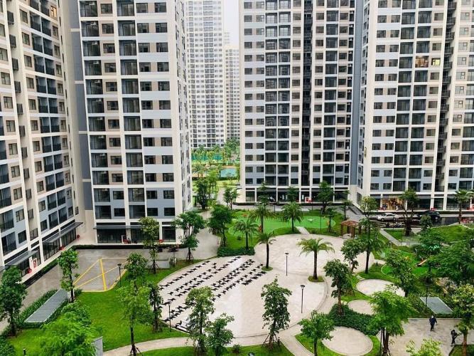 View căn hộ Vinhomes Grand Park Căn hộ Vinhomes Grand Park tầng thấp, nội thất cơ bản.