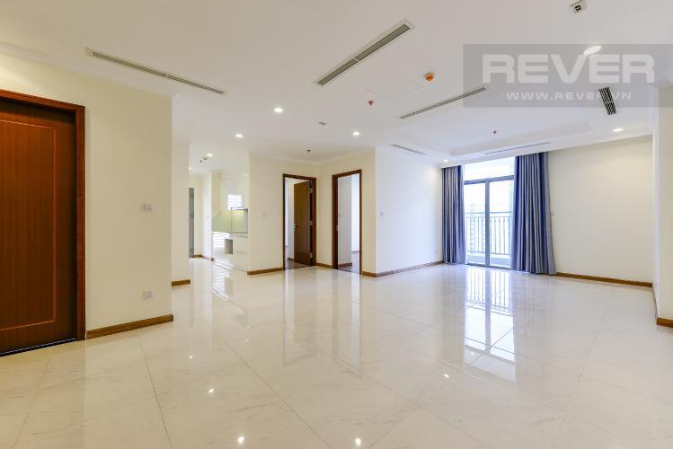 Phòng khách Căn hộ Vinhomes Central Park tầng cao L1, 3 phòng ngủ nội thất cơ bản
