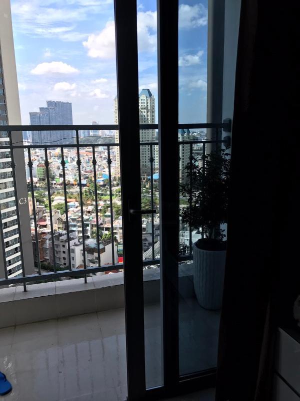 can-ho-vinhomes-central-park Cho thuê căn hộ Vinhomes Central Park 2PN, tháp Landmark 2, đầy đủ nội thất, view thành phố